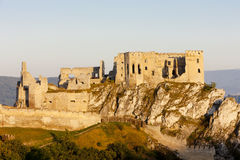 Beckov Castle στοκ εικόνα με δικαίωμα ελεύθερης χρήσης