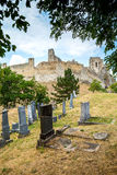 Beckov, Sistani - żydowski cmentarz blisko Beckov kasztelu Zdjęcia Royalty Free