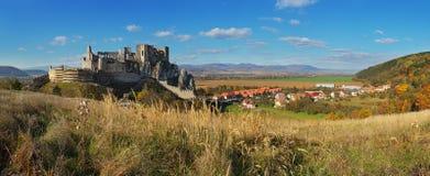 beckovslott slovakia royaltyfria foton