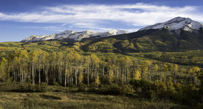 Beckwith do leste e montanha ocidental de Beckwtih no outono imagem de stock royalty free