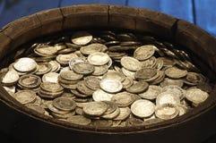 Beczka z pieniądze rocznikiem obrazy stock