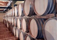Beczki w wino lochu Zdjęcie Stock