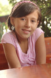 bedårande flicka little royaltyfri foto