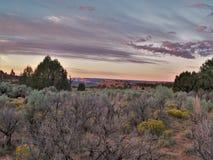 Bedöva färger av en Kodachrome solnedgång Arkivfoto
