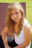 bedöva för flicka som är tonårs- Fotografering för Bildbyråer