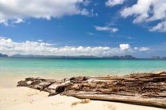 Bedöva havet nära El Nido - Palawan, Filippinerna Arkivfoto