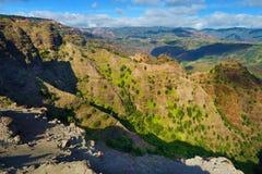 Bedöva sikt in i den Waimea kanjonen Royaltyfria Bilder