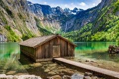 Bedöva sikten för Obersee sjön i fjällängar, Tyskland, Europa Royaltyfri Foto