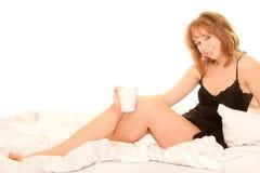 bed kobiet kawowych target1512_0_ potomstwa Obrazy Stock