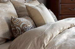Bed Linens and Pillows Royalty Free Stock Photography