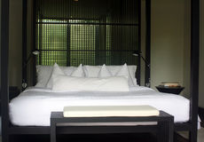 Bed at luxury hotel Royalty Free Stock Images