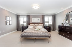 Bed room. A beautiful view of a bed room Royalty Free Stock Photo
