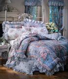 Bed room set with bedding Royalty Free Stock Images