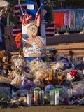 Bed van Bloemen en uitdrukking van deelneming na Verschrikkingsaanval in Las Vegas - LAS VEGAS - NEVADA - OKTOBER 12, 2017 Stock Foto's