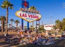 Bed van Bloemen en uitdrukking van deelneming na Verschrikkingsaanval in Las Vegas - LAS VEGAS - NEVADA - OKTOBER 12, 2017 Royalty-vrije Stock Fotografie