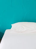 bed white Fotografering för Bildbyråer