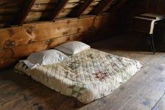 Bed in Zolder royalty-vrije stock fotografie