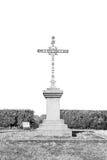 bedecken Sie abstraktes heiliges Kreuz in Italien Europa und das Himmel backg mit Gras Stockbild