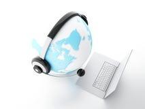 BEDECKEN SIE KUGEL MIT ERDE Konzept der globalen Kommunikation Lizenzfreie Stockfotografie