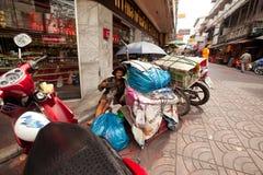 Bedelaar op de straat in Chinatown Bangkok. Royalty-vrije Stock Foto