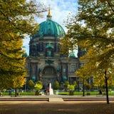 Bedeutende Kirche in Berlin Stockfotos
