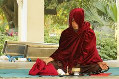 Bedevaart van Boeddhisme in Bagan royalty-vrije stock afbeeldingen