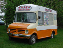 BEDFORD ICE CREAM VAN 1974 CORNWALL Royalty Free Stock Images
