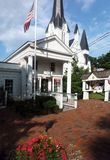 Bedford Village, het postkantoor van New York en Bedford Presbyterian Stock Foto