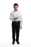 Bediende of kelner met leeg zilveren dienblad stock foto