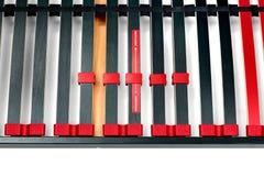 Bedlatjes voor latoflex - Bedkader en de oppervlakteverstand van de matrasbasis Stock Afbeeldingen
