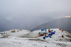 Bedni Bugyal cubierto en nieve Fotos de archivo libres de regalías