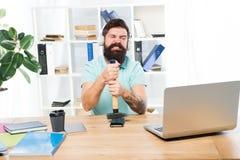Bedorven mededeling Ontbroken mobiele onderhandelingen Lastigste ding over het werk in call centre Inkomende Vraag royalty-vrije stock afbeelding