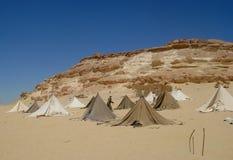 Bedouinetenten in de woestijn Stock Afbeelding