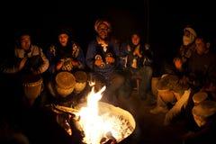 Bedouins bawić się krajową muzykę, Maroko Obraz Royalty Free
