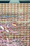 Bedrading en het verbinden in telefoonkabeldoos. Stock Afbeelding