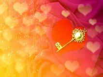 Bedriegt de gouden sleutel van de groetkaart op de vakantie van de de dagliefde van de hartvalentijnskaart ` s Stock Afbeelding