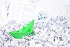Bedrijfs concept document boot en documenten royalty-vrije stock afbeelding