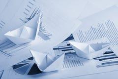 Bedrijfs concept, document boot en documenten Royalty-vrije Stock Foto's