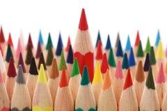 Bedrijfs concepten: het duidelijk uitkomen van de menigte Stock Afbeelding