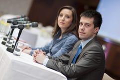 Bedrijfs conferentiesprekers Stock Foto's