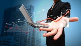 Bedrijfs de groei Financiële grafiek op het scherm Stock Foto