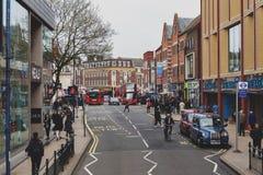Bedrijfs en het winkelen gebied op Eden Street, Kingston op Theems in Groot Londen, Engeland Royalty-vrije Stock Fotografie