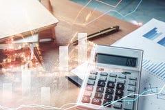 Bedrijfs of financiën achtergrondconcept Sluit omhoog calculator Stock Foto