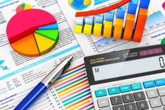 Bedrijfs, financiën en boekhoudingsconcept Stock Foto's