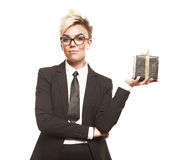 Bedrijfs geïsoleerde dame met gift Royalty-vrije Stock Afbeeldingen