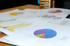 Bedrijfs grafiek en grafiek Stock Fotografie