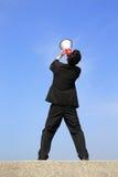 Bedrijfs mens die megafoon met behulp van Royalty-vrije Stock Foto