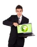 Bedrijfs mens die op ecowereld richt Royalty-vrije Stock Foto's