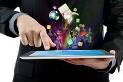 Bedrijfs mens die tabletPC houdt. stock fotografie