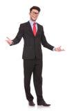 Bedrijfs mens wellcomes iedereen Royalty-vrije Stock Foto's